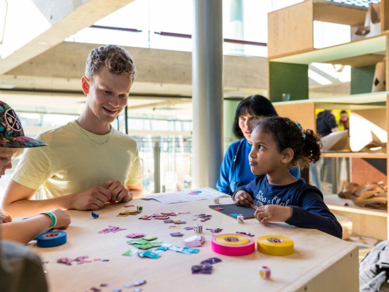 familiefest het nieuwe instituut codekunst programmeren kleuters