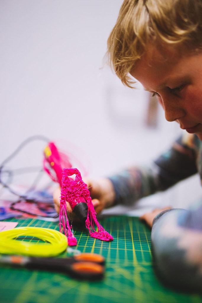 uitvinderslab proberen klooien experimenteren techniekonderwijs techniek maken technologie kunst